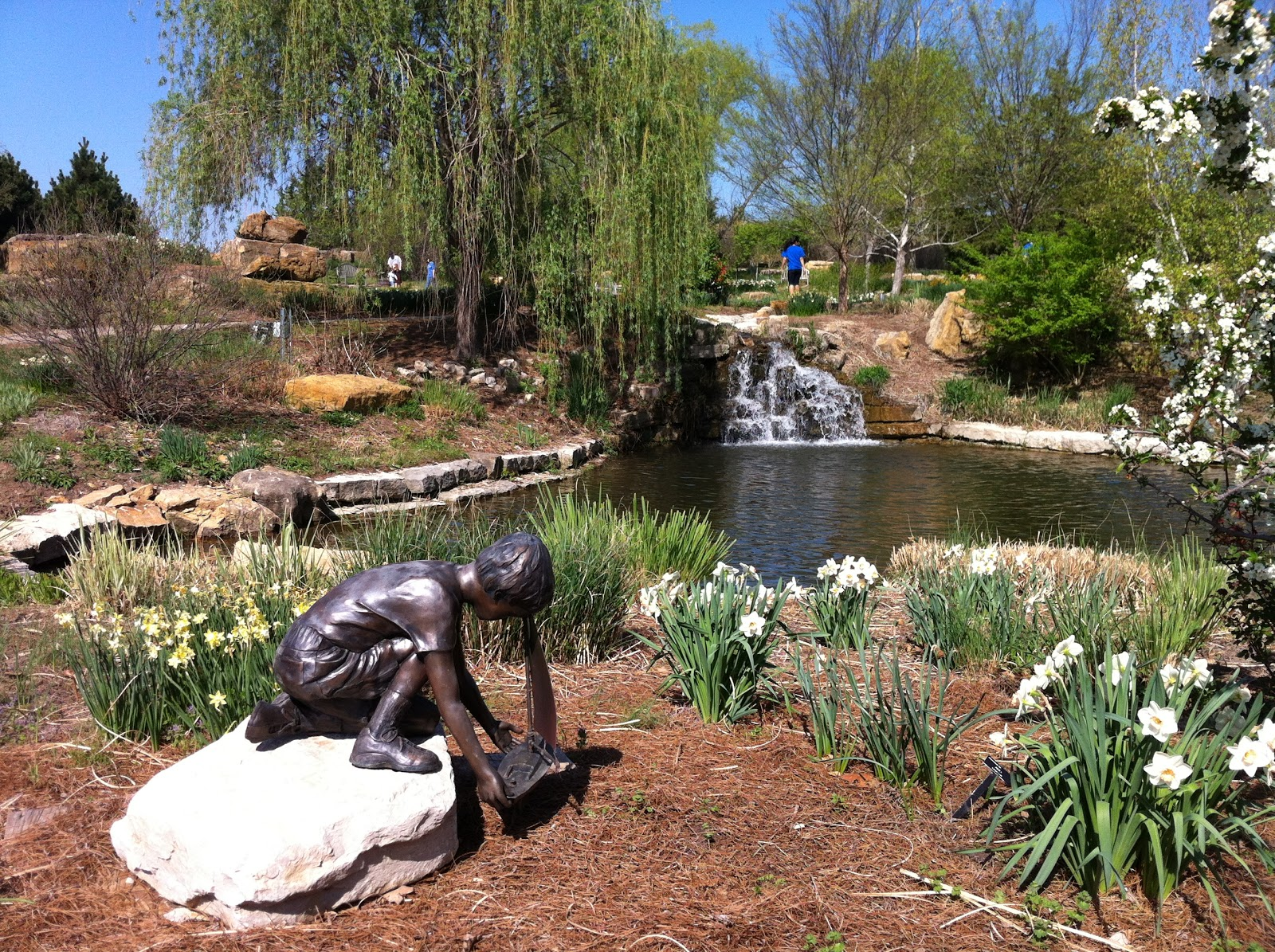 The Brighter Writer: The Overland Park Arboretum and Botanical Gardens