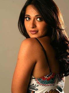 Indian actres anushka photo