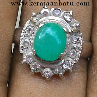NATURAL GREEN GIOK FOR LADIES RING PERAK  KB305