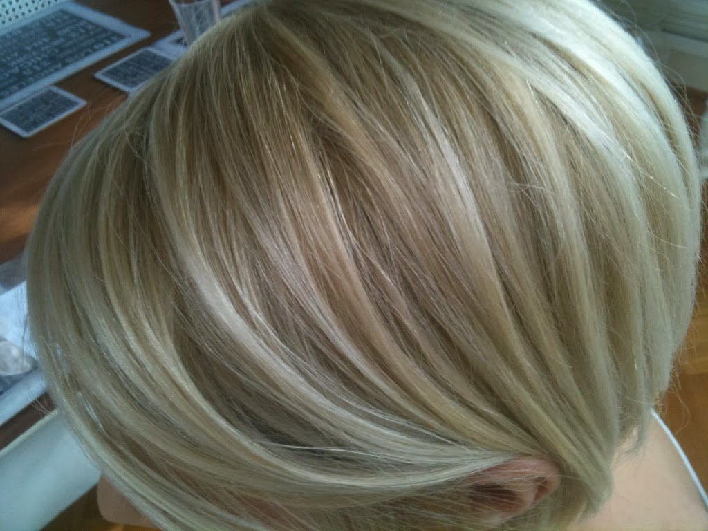 Light Blonde Hair With Dark Lowlights 40 Light Brown Hair Color
