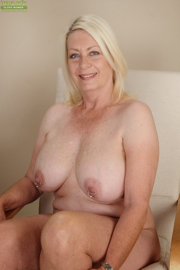 huge ass milf cocksucker