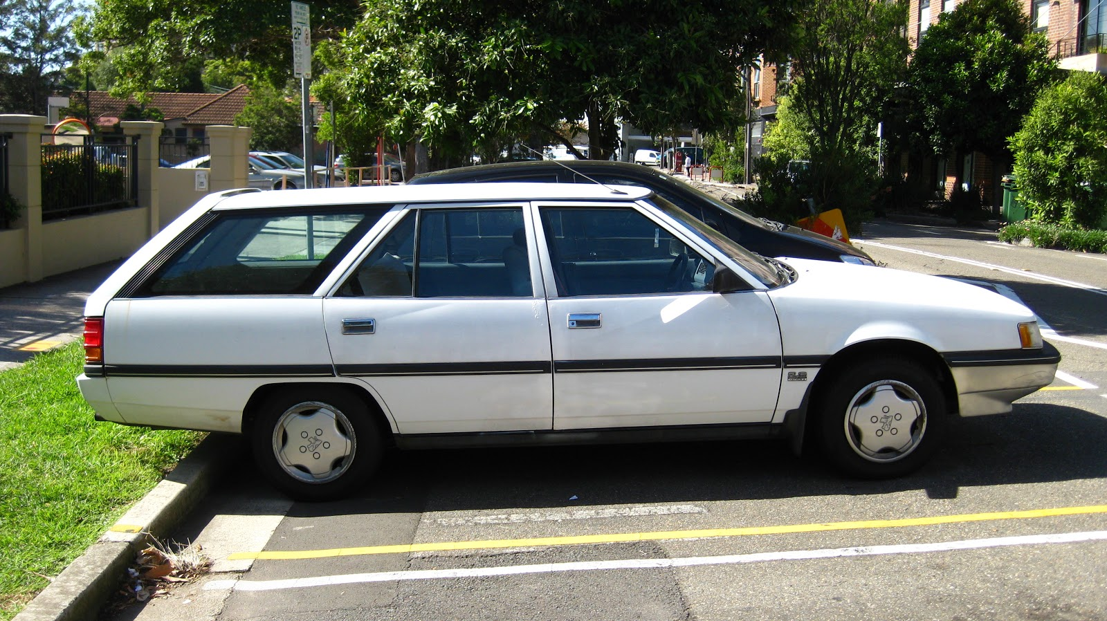 Aussie Old Parked Cars  1987 Mitsubishi Magna GLX 2 6 Wagon
