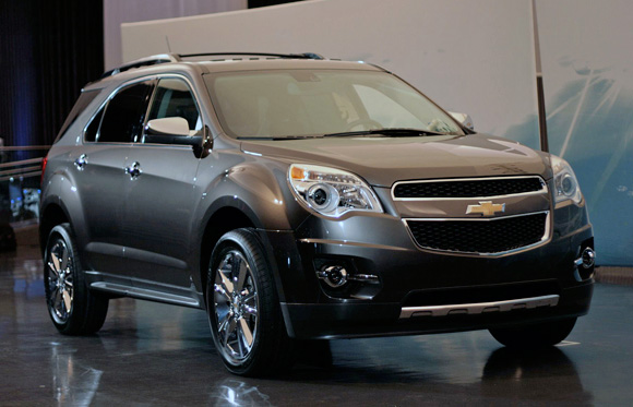 chevrolet equinox is a mid size suv car stoods. Black Bedroom Furniture Sets. Home Design Ideas