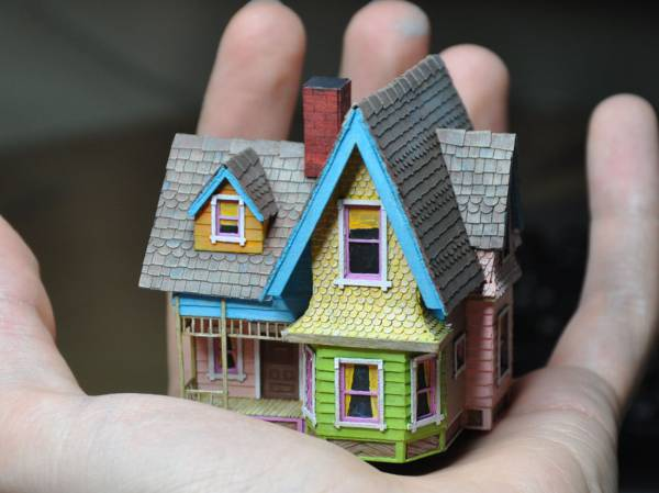 3D Paper House Patterns http://www.animationillustrationart.com/2012/07/paper-model-development-of-surfaces-and.html