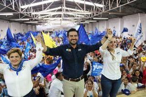 Huatusco tendrá un hospital regional: Yunes Márquez