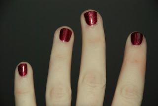 Kolorowe paznokcie nr 1.
