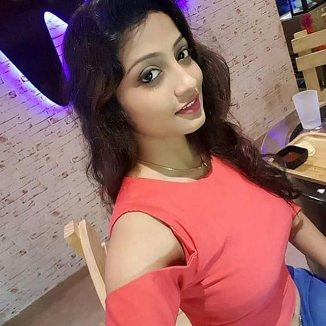 Indian girl dating online