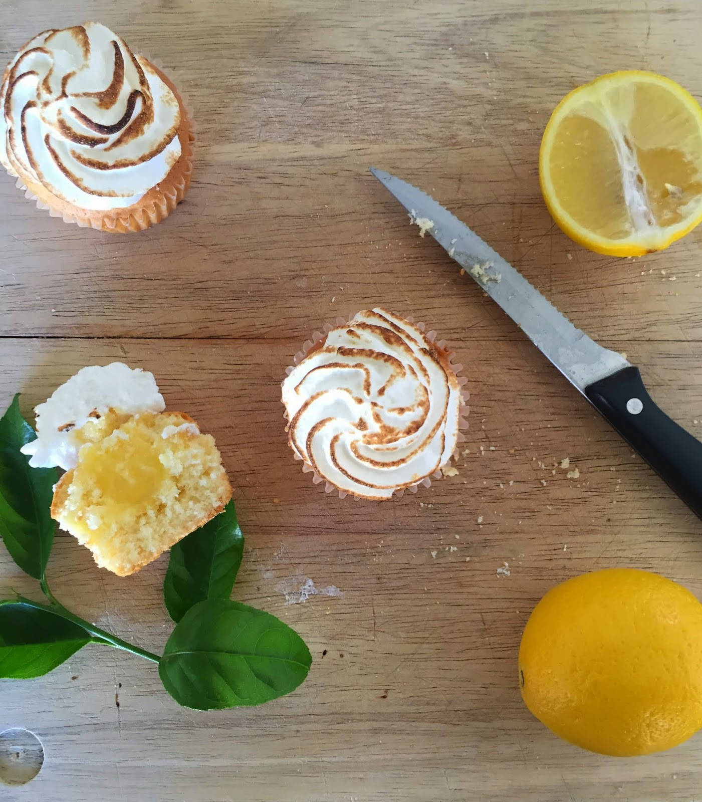 Cassie Cakes Lemon Meringue Cupcakes cupcake styling