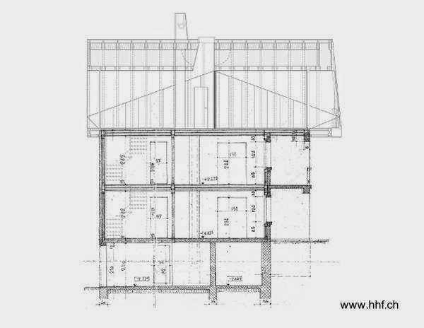 Plano arquitectónico de un corte longitudinal de la casa reformada