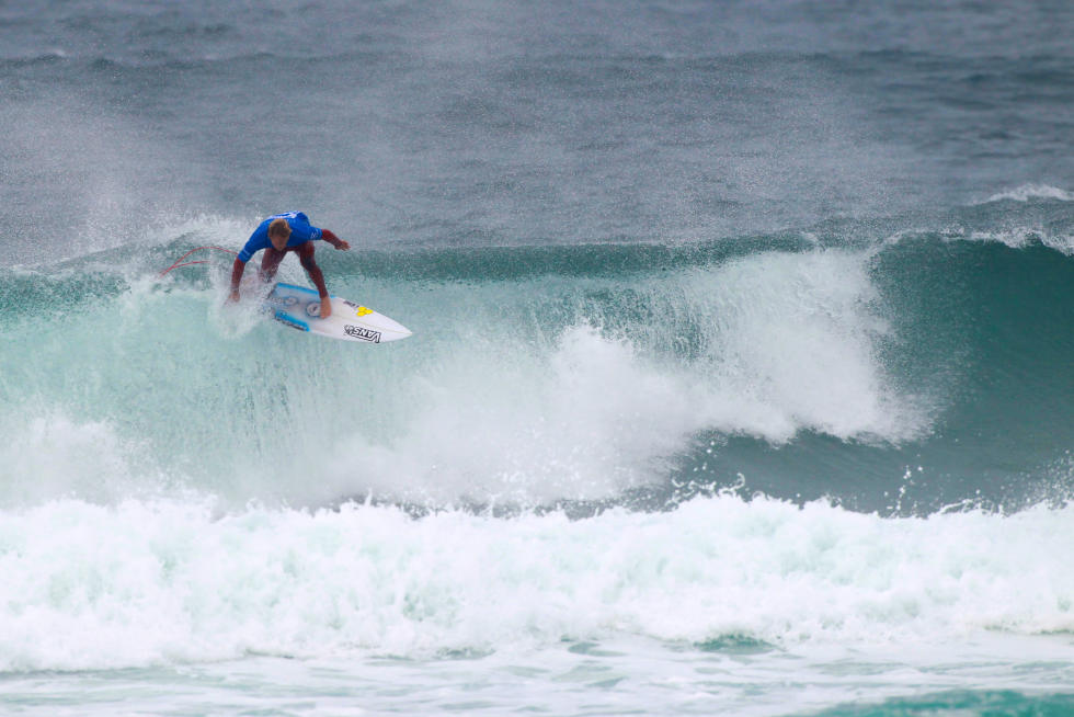 21 Patrick Gudauskas USA Allianz Billabong Pro Cascais Foto WSL Laurent Masurel