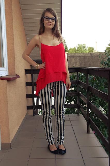 OOTD: spodnie w paski+ malinowy top :*