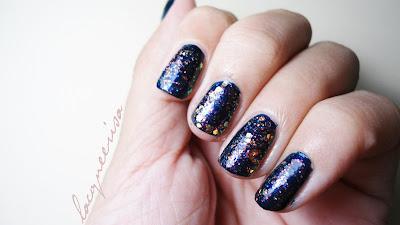 Lacqueerisa - Glitter over Blue polish