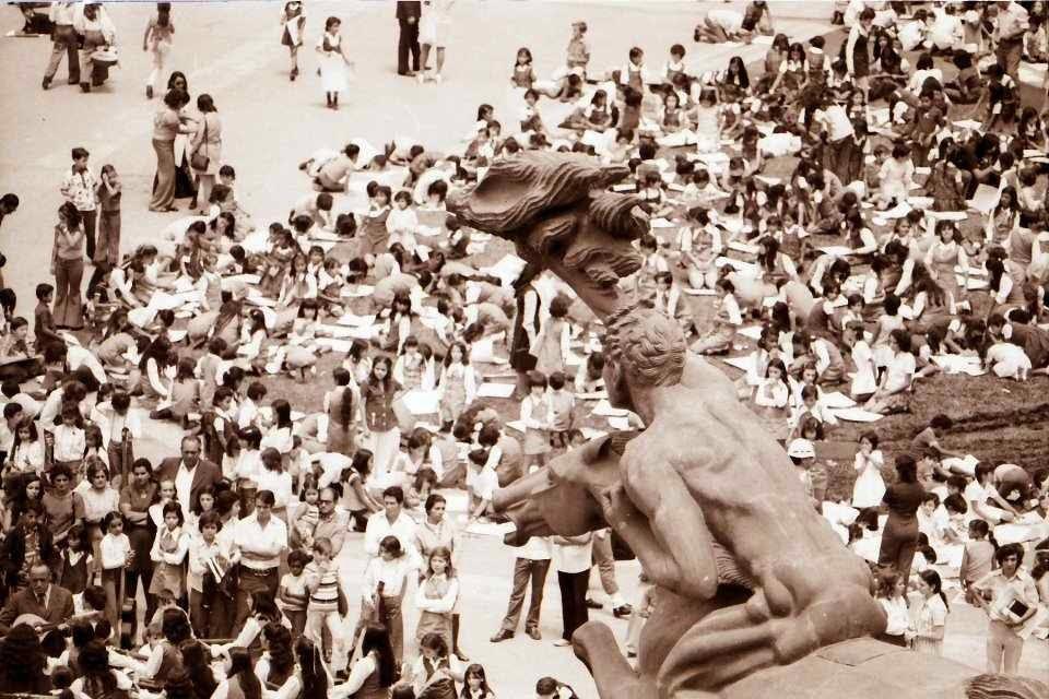 estatuas y monumentos