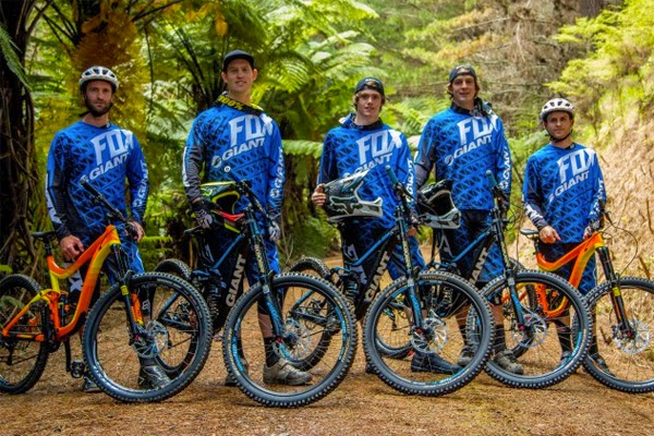 2015 Giant/Fox NZ Gravity Team Announced