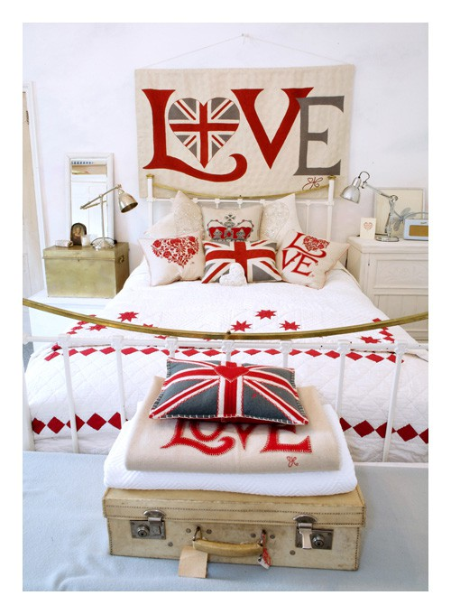 1000 ideas about british themed bedrooms on pinterest for Union jack bedroom ideas