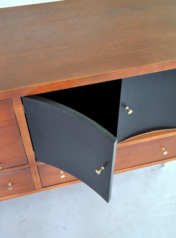 Modern Tv Credenza Furniture (10 Image)