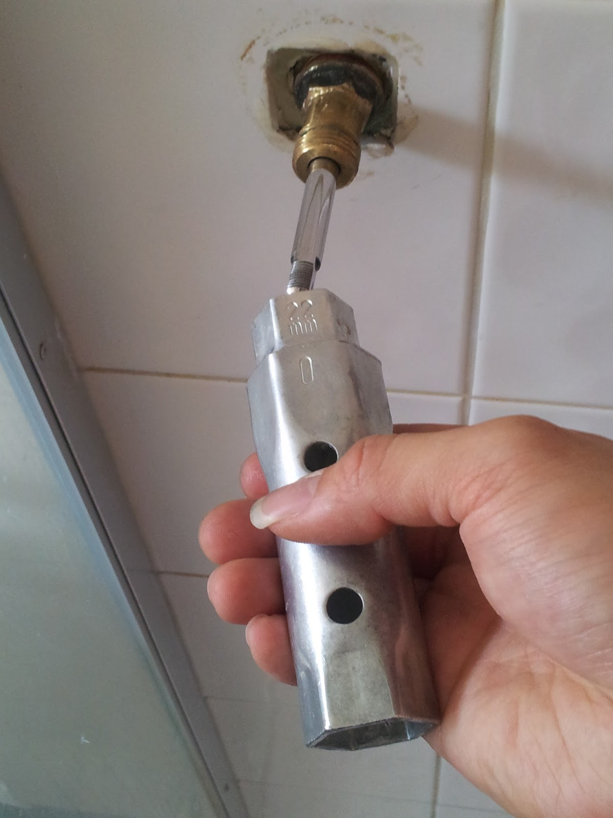 Oppa Noobie Style How To Fix A Leaking Shower Faucet Stem