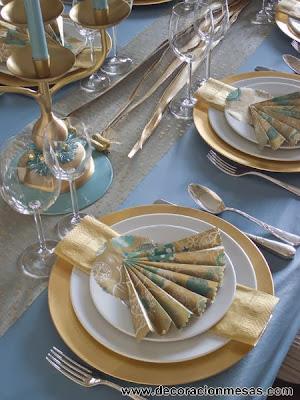 decoracion mesa Navidad dorado y azul arbol papel