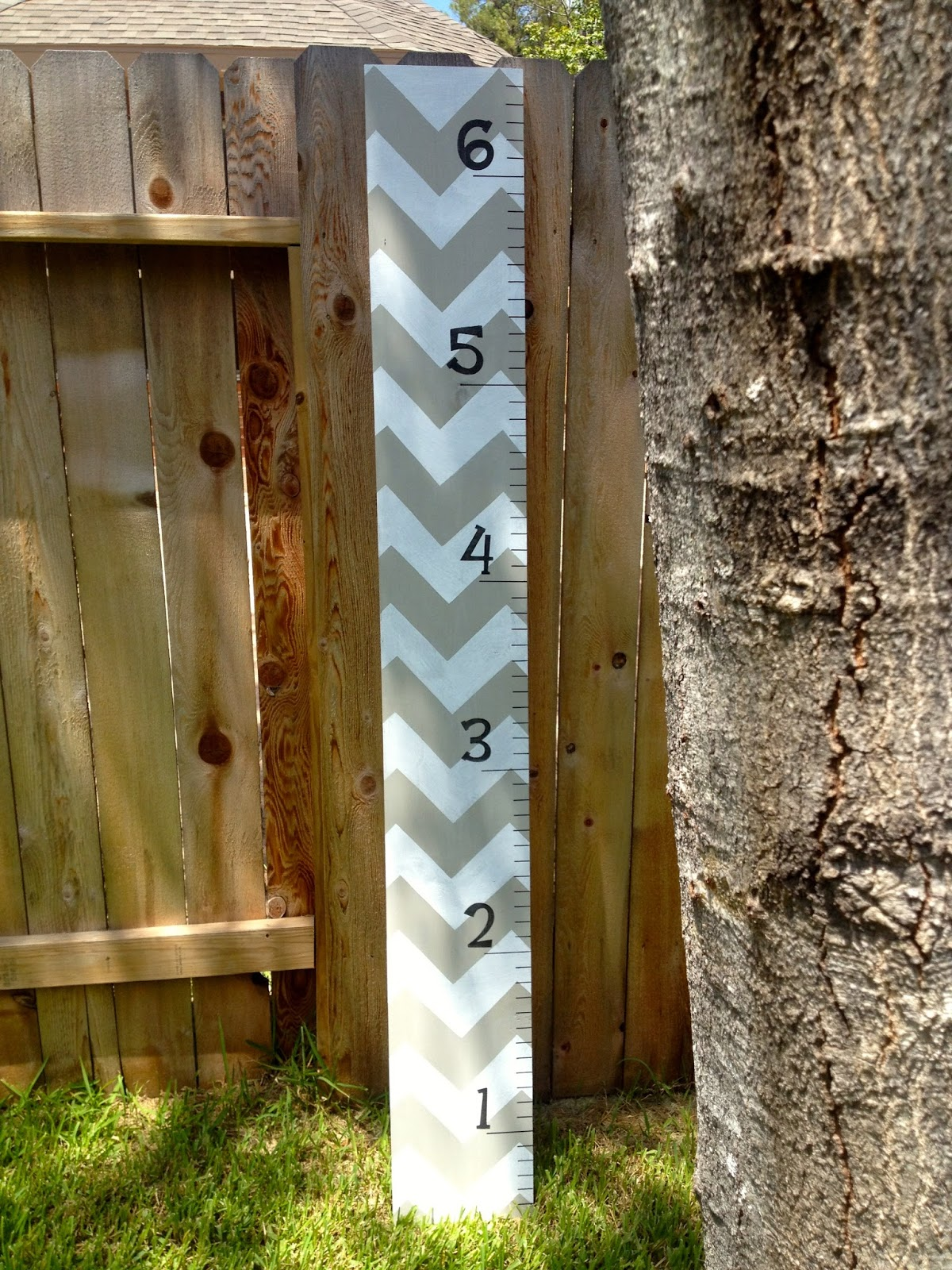 Diy crazy easy chevron growth chart ruler mccarty adventures nvjuhfo Images