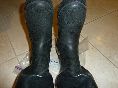 How to fix a hole in wellies