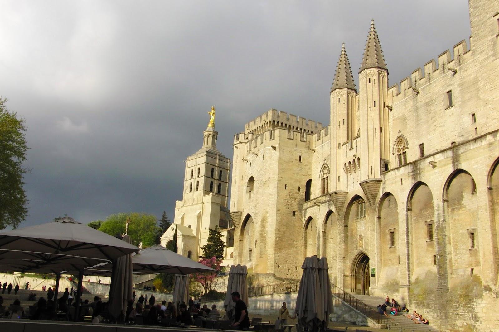 Francia Avignone