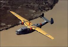 Bombardero 1942