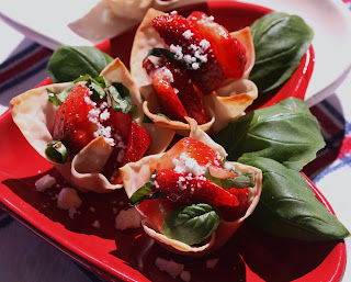 Strawberry Wonton Cups from Best of Long Island and Central Florida