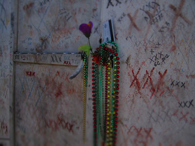 Words of Widsom and Beads on the Marie Laveau Tomb