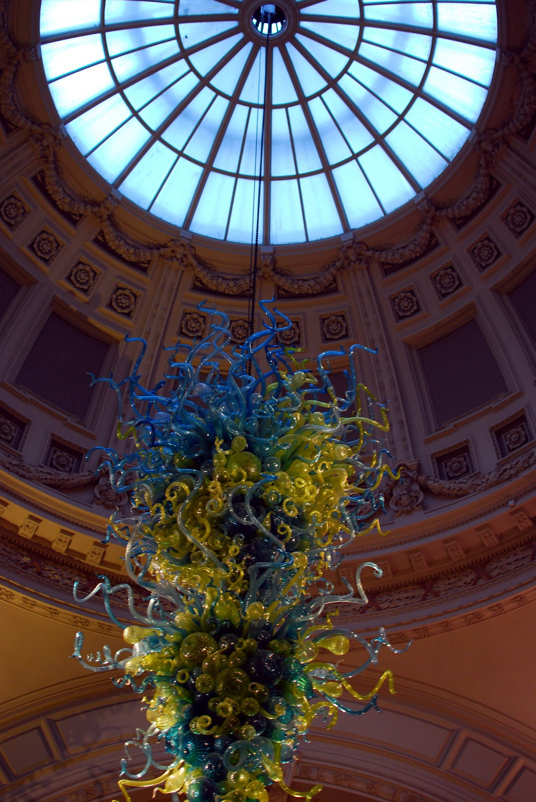 Surprised by the victoria and albert museum have blog will travel the beautiful glass sculpture in the lobby arubaitofo Choice Image