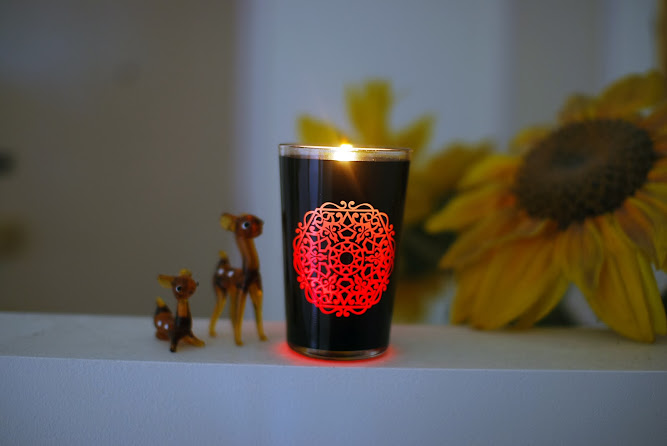 Airwick Multicolour Black Edition Candle Blog Review