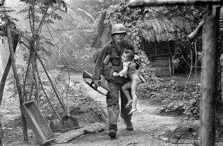 anak kehilangan orang tua dalam perang