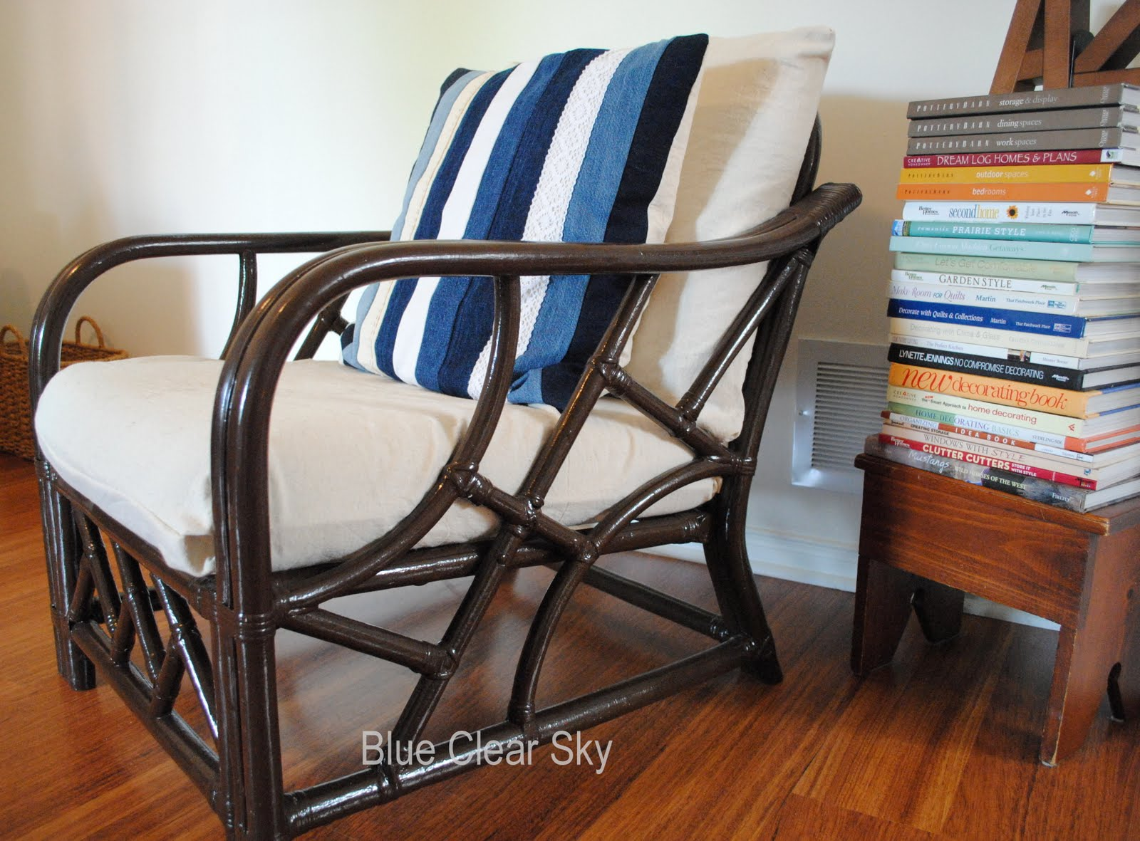 The cushions on this yard sale chair got new drop cloth slipcovers. I title=