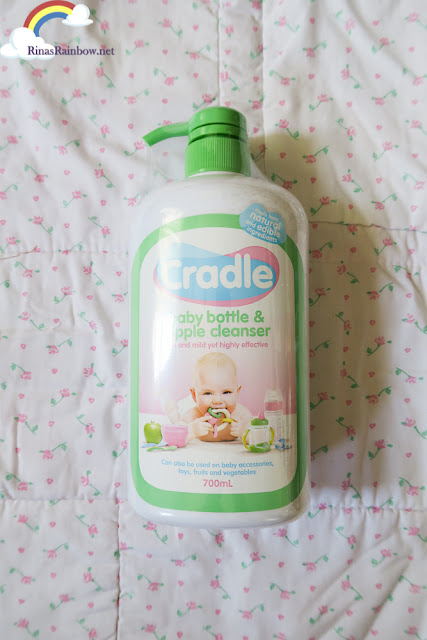 Cradle baby bottle and nipple cleaner