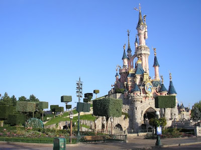 Sleeping-Beauty-Castle-Disneyland-Paris