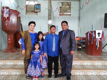 Senantiasa berkati keluarga ini