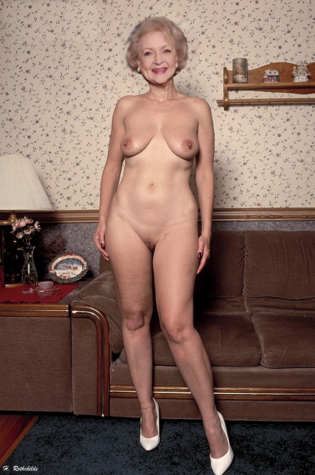 naked pics of betty white