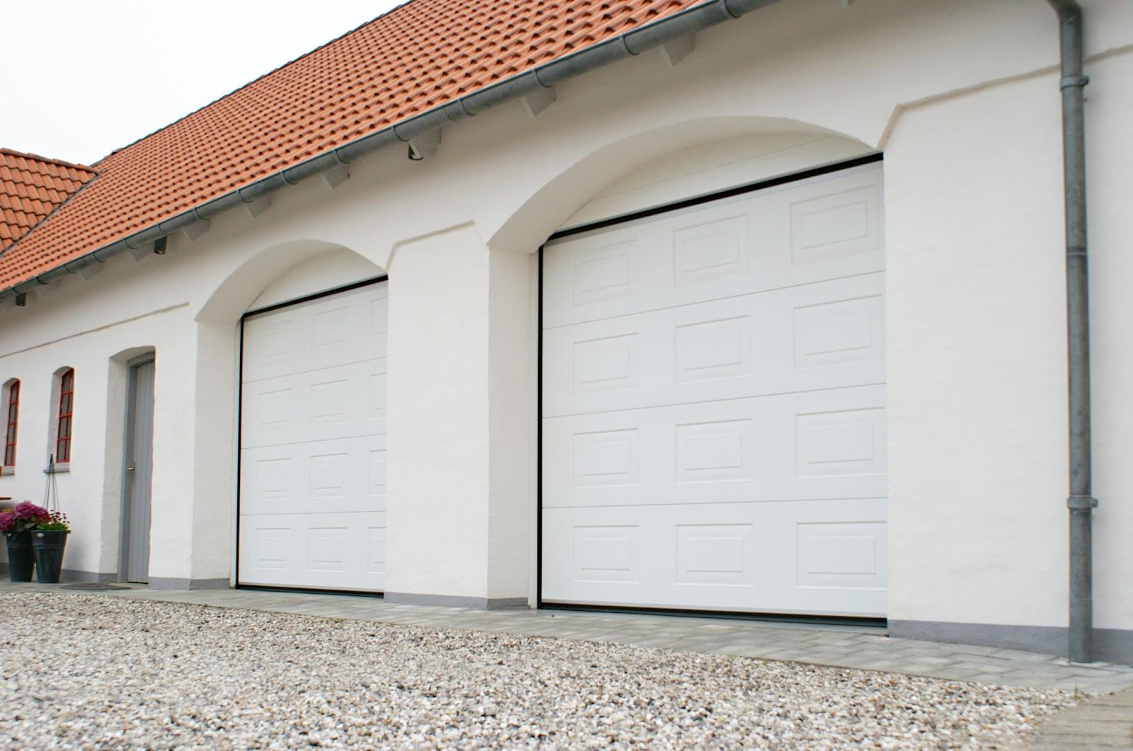 1061 #90553B  45mm Insulated Sectional Overhead Garage Doors And Industrial Doors picture/photo Overhead Garage Doors 38291600