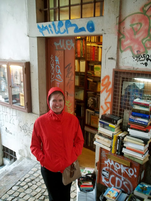 Smallest bookshop in the world on Semi-Charmed Kind of Life