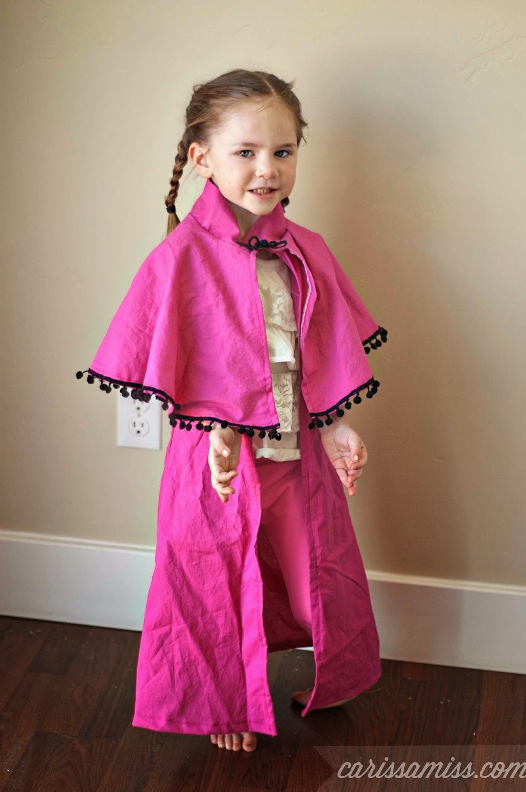 Carissa Miss: How to sew a Disney Frozen Anna Cape