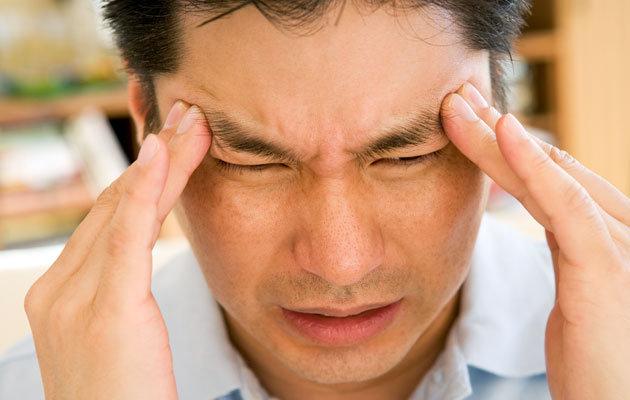 8 Tanda Sakit Kepala Anda Mulai Berbahaya