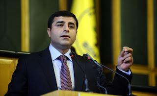ΤΡΟΜΟΣ ΣΤΗΝ ΑΓΚΥΡΑ - Στη Μόσχα μεταβαίνει ο ηγέτης του κουρδικού HDP
