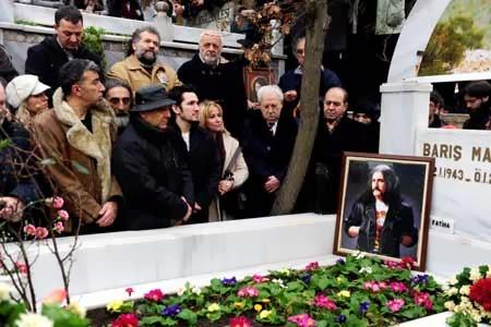 barış mançonun cenazesi
