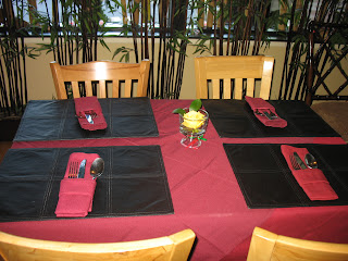 The tableclothes and placesettings at Golden Buddha are very nice