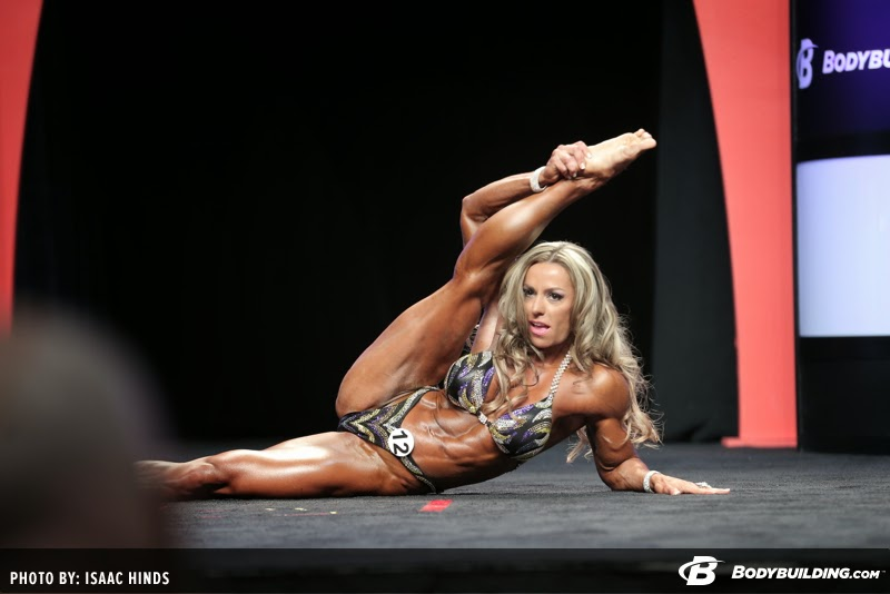 ... e também de flexibilidade corporal. Foto: Isaac Hinds