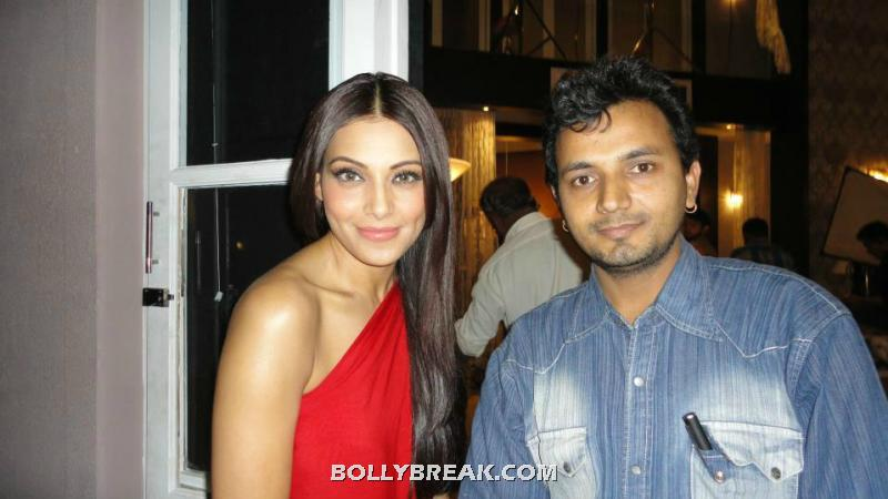, Bipasha  Caught On The Sets Of Raaz 3 !!!