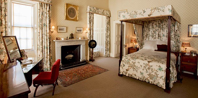 Bedroom in Brodick Castle