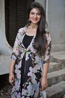 Actress Siya Gautham Picture Gallery in Long Dress at Pilavani Perantam Telugu Movie Opening  5.jpg
