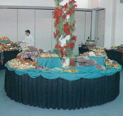 Decoracion de mesas para buffet centros y arreglos florales parte 2 - Decoracion buffet ...