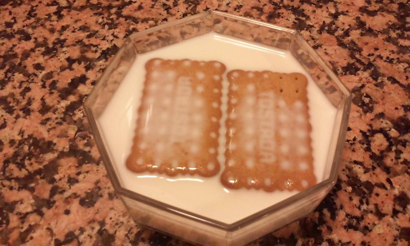 mojando galletas