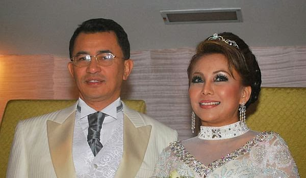 Ikatan Perkahwinan Yang Dibina Selama Lima Tahun Antara Noniswara Dan Datuk Rosman Terputus Di Tengah Jalan Apabila Pasangan Ini Bercerai Secara Taklik